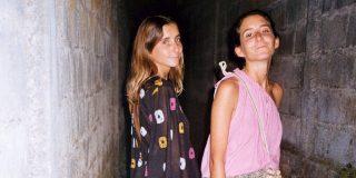 Sayana y Claudia con total look de la colección SS19