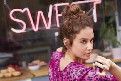 Imagen: @sephora_spain. María Pedraza en la acción conjunta de Cacharel y Sephora para presentar su nuevo perfume Yes I am pink first