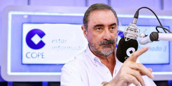 Carlos Herrera 'licencia' a los 'lumbreras' de la Universidad de Castilla-La Mancha por llevar su feminismo hasta extremos inconstitucionales