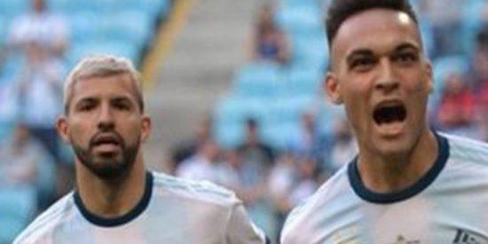 Argentina se clasifica a cuartos de final con su mejor cara, mientras Colombia sigue imparable