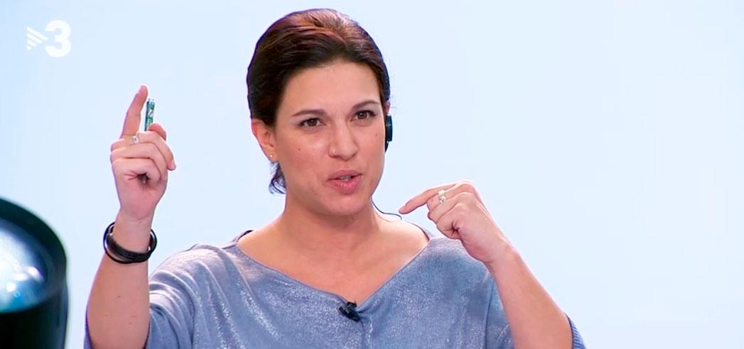 Los 'frikis' de Sálvame se sublevan contra la independentista Beatriz Talegón y la dejan para el desguace