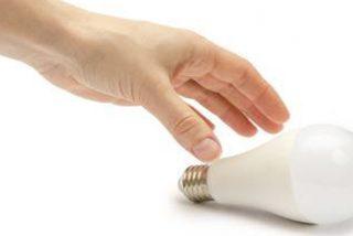 8 trucos esenciales para que tu familia no se arruine con la factura de la luz