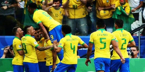 Brasil vapulea 5-0 a Perú y avanza a cuartos de final de la Copa América