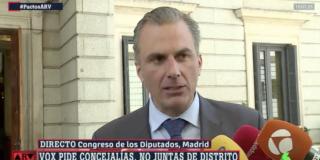 """Ortega Smith se harta de las pamplinas de Villacís: """"¡No tenga usted cara!"""""""