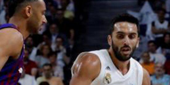 Carroll consigue una merecida segunda victoria para el Real Madrid frente el Barcelona con un épico triple en el último segundo en la final de la ACB