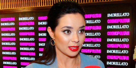 La actriz Dafne Fernández se desnuda para mostrar su 'momento de relax' y sus fans enloquecen