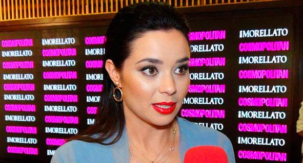 La Actriz Dafne Fernández Se Desnuda Para Mostrar Su Momento De