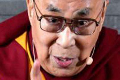 """El Dalai Lama sobre su sucesión: """"Si es una mujer debe ser atractiva para resultar útil"""""""