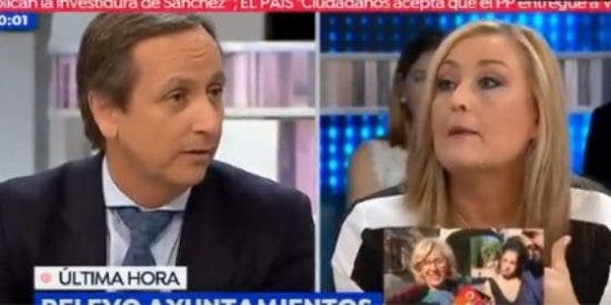 Carlos Cuesta le mete una tunda de 'zascas' a una Elisa Beni enloquecida contra VOX