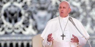 El papa Francisco exige a las multinacionales petroleras que se hagan empresas 'ecológicas'