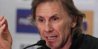 """El técnico de la selección peruana """"le planta la mosca"""" a un periodista que le reclamó por la """"derrota vergonzosa"""" ante Brasil"""