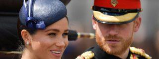 """El príncipe Enrique abronca a Meghan Markle en público: """"Date la vuelta"""""""