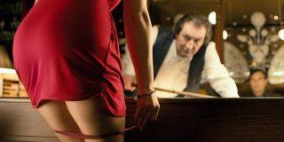 La jugada de billar más erótica que verás en tu vida