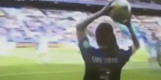 Un hombre intenta burlarse del fútbol femenino por una imagen, y se lleva el corte de su vida