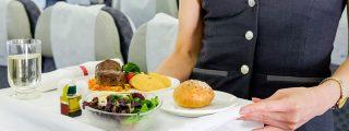 ¿Puedo pedir comida con pocas calorías en el avión para no romper mi dieta de adelgazamiento?