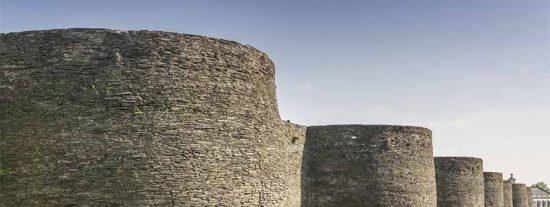 La única muralla romana del mundo cuyo perímetro se conserva intacto esta en... ¡Lugo!