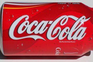 Este vídeo viral explica cómo 'convertir' una lata de aluminio en una de plástico transparente