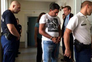 Hungría condena a cadena perpetua a los 4 capos una red de tráfico humano por la muerte de 71 refugiados en un camión frigorífico