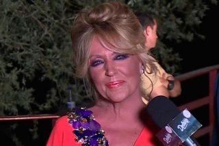 Lydia Lozano monta el 'numerito' en la boda de Belen Esteban con su 'alegre' estado, y causa estragos entre los reporteros