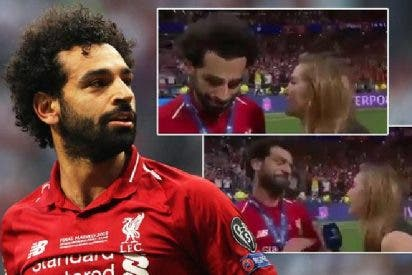 Cuando Mohamed Salah entró en pánico solo de pensar que la periodista iba a robarle un beso