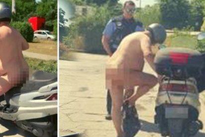 """Detienen a este motorista 'nudista'; su excusa fue que tenía """"demasiado calor"""""""