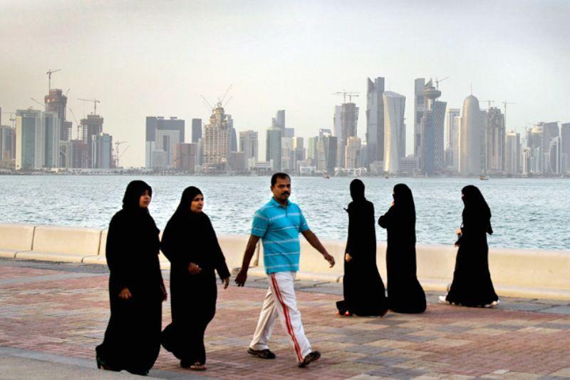 Pasajeras fueron forzadas a un examen ginecológico en Qatar tras encontrar a un recién nacido en el aeropuerto