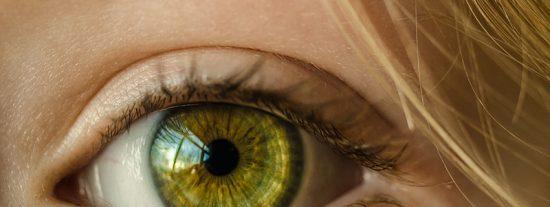 Tutorial fácil: ¿Cómo cambiar el color de ojos con PHOTOSHOP?