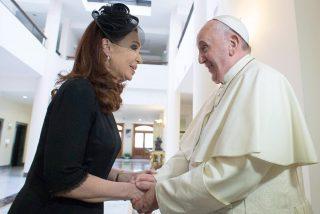 Vinculan al papa Francisco con el regreso del kirchnerismo a Argentina