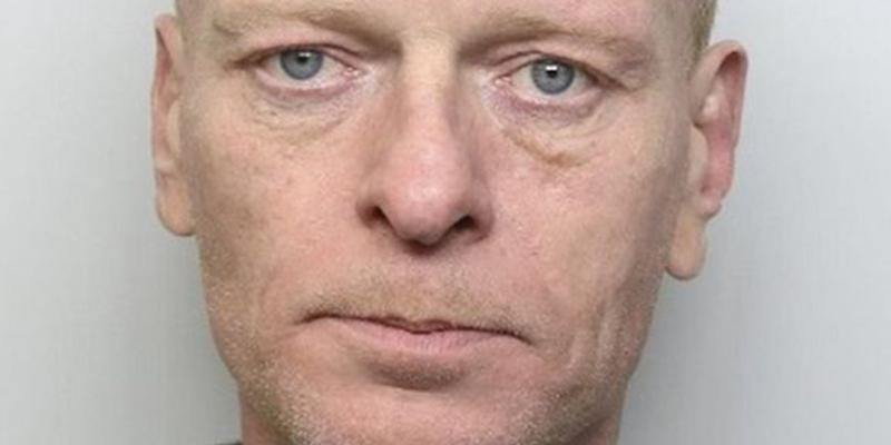 Paul Crossley pasará el resto de su vida en la cárcel por empujar a su ex jefe a las vías del metro