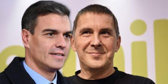 Sánchez, estas son las consecuencias de blanquear a terroristas: el chulo y sanguinario Otegi anuncia 250 homenajes a etarras