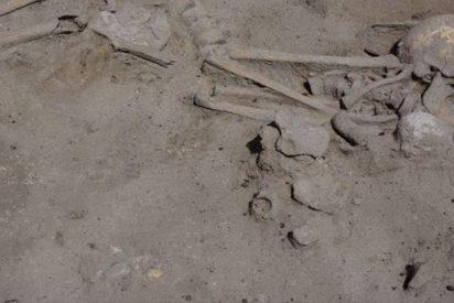 Descubren fósiles de una madre y su hijo de hace 7,6 mil años