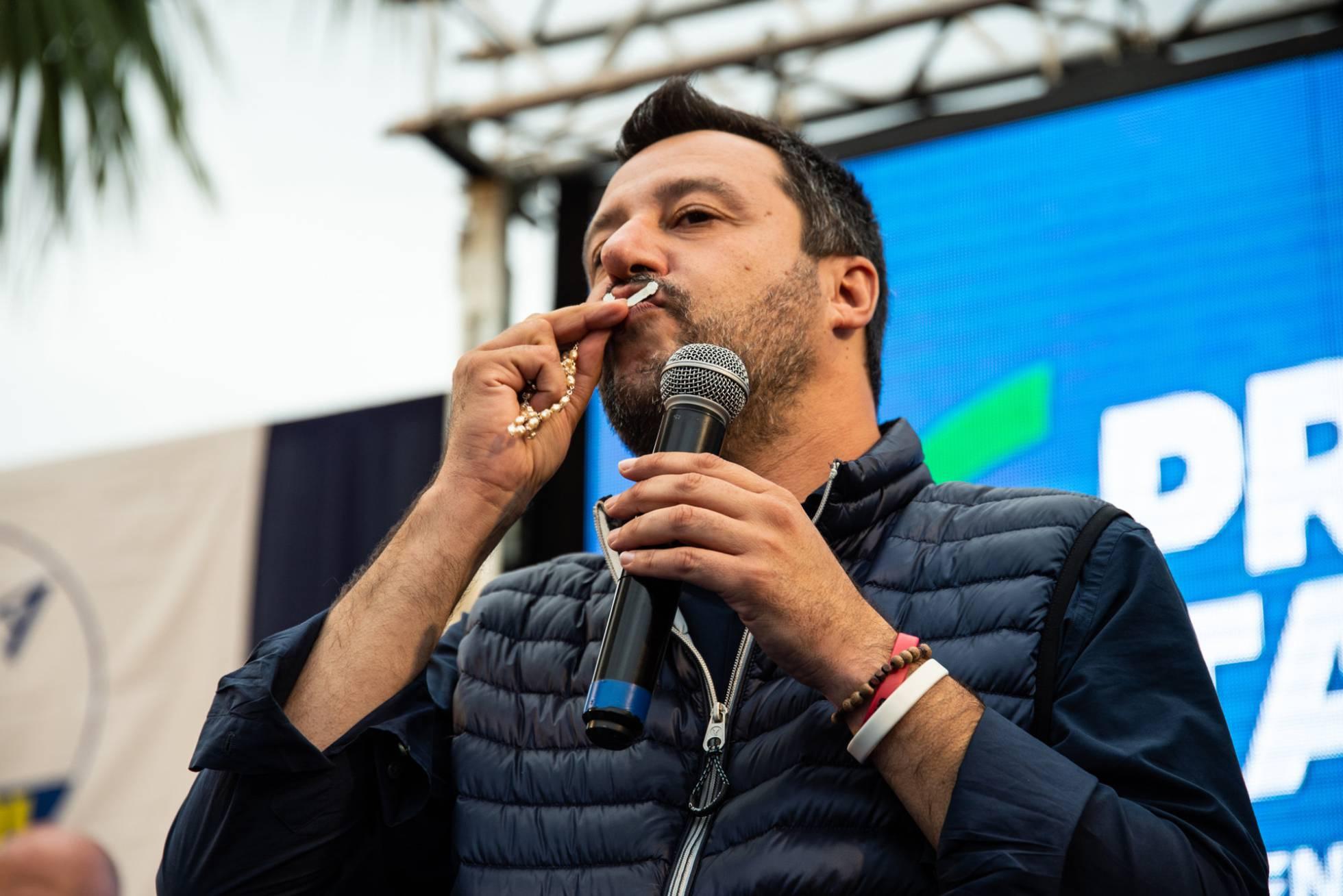 Salvini continúa su guerra contra el papa Francisco por los inmigrantes