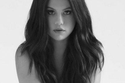 El book perdido de Selena Gómez donde posa desnuda antes de ser famosa