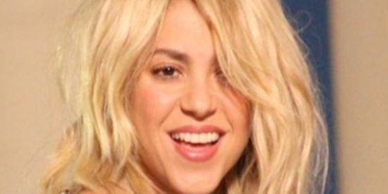 A Shakira se le va el 'ratón' con el Photoshop