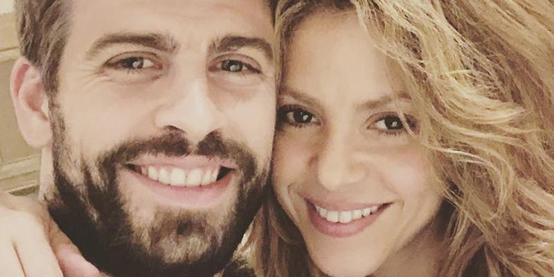 El beso de Shakira y Piqué en la playa despeja todas las dudas sobre su crisis