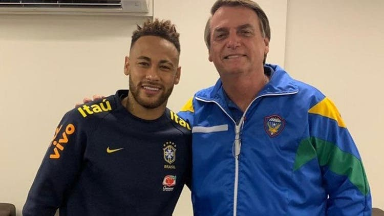"""Jair Bolsonaro totalmente del lado de Neymar: Le apoya en el caso de """"violación"""" y le visita al hospital"""