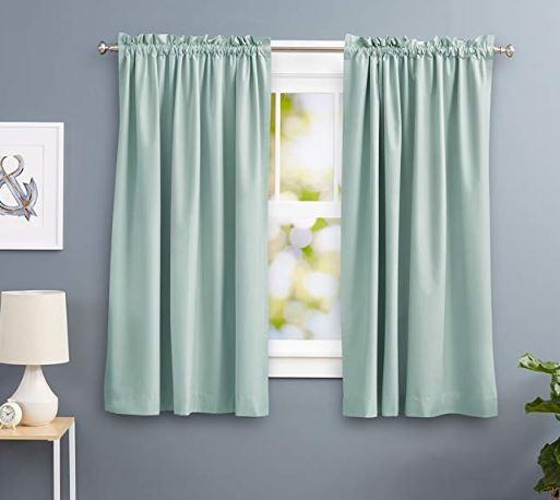 cortinas térmicas verde claro