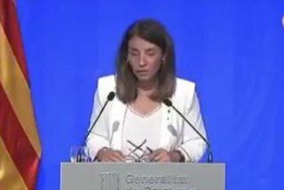 Bochorno 'indepe': el soberbio repaso de una periodista a la mentirosa portavoz del Govern