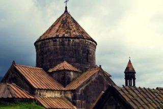 Feroz incendio arrasa este monasterio armenio medieval, Patrimonio Mundial de la UNESCO