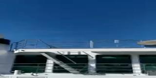 Así fue el espectacular choque entre un crucero y un barco en un canal de Venecia