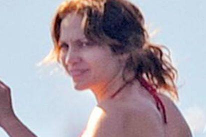 La foto sin photoshop de Jennifer López en bikini que destapa la triste realidad