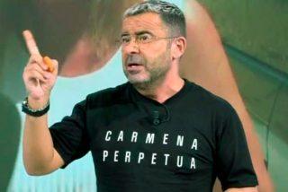 Jorge Javier Vázquez enfurece a los espectadores de 'Sálvame' con su camiseta panfletaria de Carmena