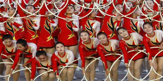 """Así fueron los 'juegos de masas' norcoreanos suspendidos por Kim debido a su """"equivocado espíritu de creación"""""""