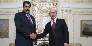 Rusia aprovecha la situación de Venezuela y le supera en exportación de petróleo a EEUU