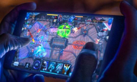 pantalla móvil gaming