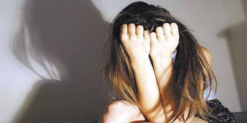 Adolescente de 14 años se cuelga del tendedero para escapar de la violación de su padre