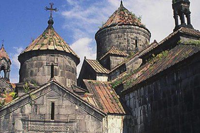 Brutal incendio reduce a cenizas este monasterio armenio medieval, Patrimonio Mundial de la UNESCO