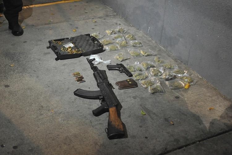 ¿Por cuánto alquilan los criminales un fusil de asalto en la Ciudad de México?