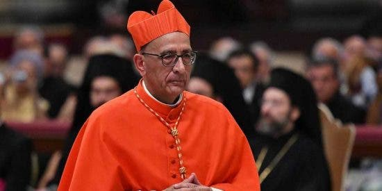 El cardenal de Barcelona, Juan José Omella, imputado por falsedad documental con agravante