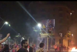 Los amargados 'indepes' no pueden ni hacer una fiesta sin demostrar su odio a España